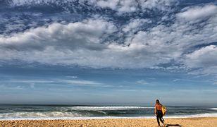 Francja. Pakunki z kokainą na plażach Akwitanii i Kraju Basków