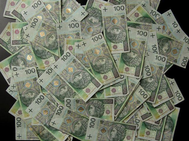 Ujawniamy sposoby zabezpieczenia banknotów! Wiedziałeś o tym?