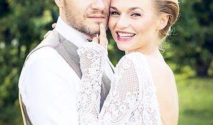 Emilia Komarnicka i Redbad Klijnstra wzięli potajemny ślub i pojechali w podróż poślubną. Wiemy gdzie!