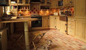 Płytki podłogowe do kuchni: terakota