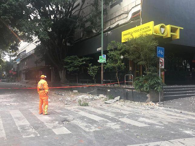 Skutki trzęsienia ziemi były widoczne w wielu dzielnicach meksykańskiej stolicy