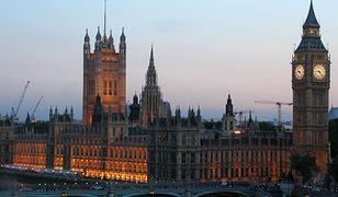 Apel do Brytyjczyków: uczcie się języka polskiego oraz urdu