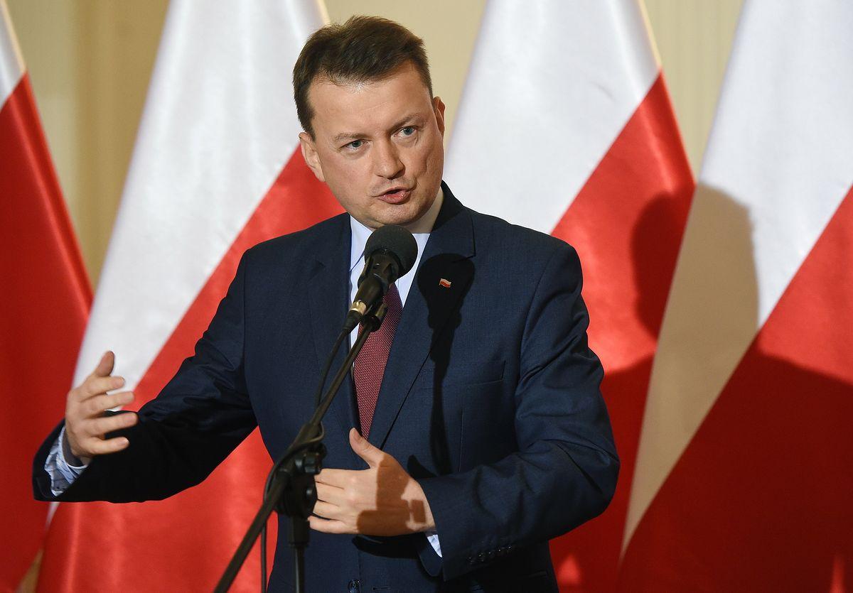 """Błaszczak po spotkaniu w Waszyngtonie. Szef MON chce """"liczniejszej obecności wojsk USA w Polsce"""""""