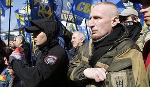 Sympatycy skrajnej prawicy podczas demonstracji w Kijowie