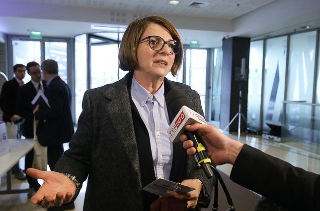 Pitera: prezydent stolicy słusznie robi nie stawiając się przed komisją weryfikacyjną