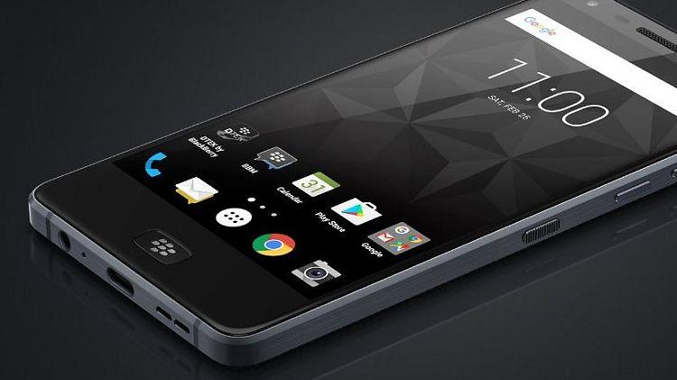 BlackBerry Motion: kolejny smartfon z jeżynką bez fizycznej klawiatury