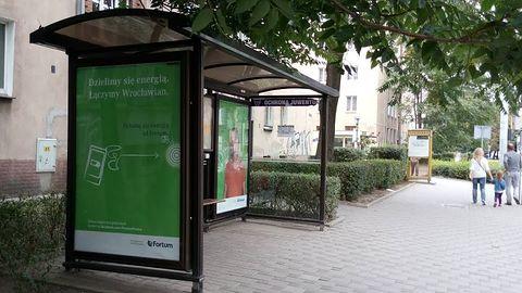 We Wrocławiu podładujesz iPhone'a na przystanku