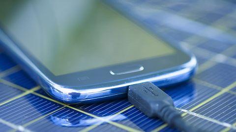 Smartfony będą działać dłużej? W końcu przełom w rozwoju akumulatorów Li-ion