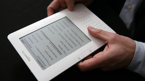 Kindle ma 7 lat, Amazon zmienia książki w słuchowiska