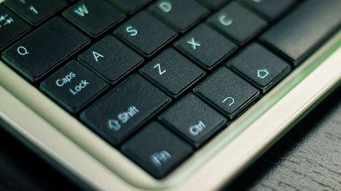 Zmuś klawiaturę Bluetooth i Androida do pisania po polsku