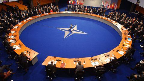 Sekretarz generalny NATO uznał cyberprzestrzeń za sferę działań wojennych