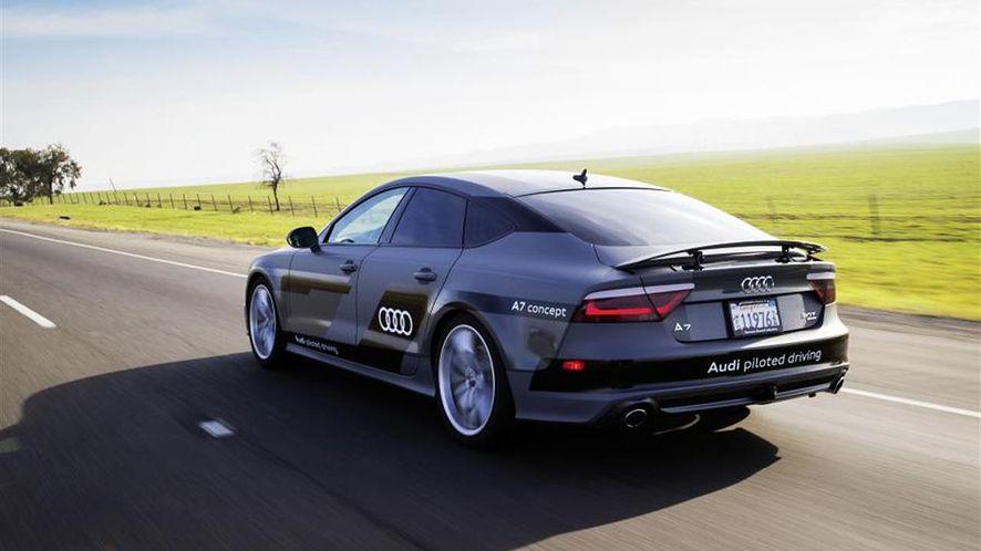 Autonomiczne auta niestety nie wyeliminują stłuczek i wypadków