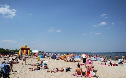 Bankomaty na plaży. Akcja w polskich miejscowościach wypoczynkowych