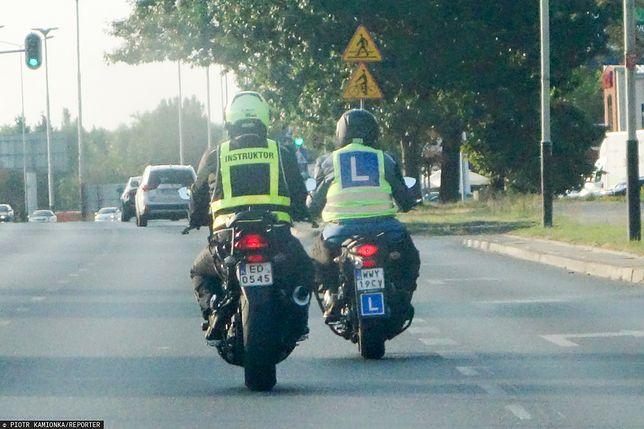 Prawo jazdy na motocykl: wymagania na kategorię A