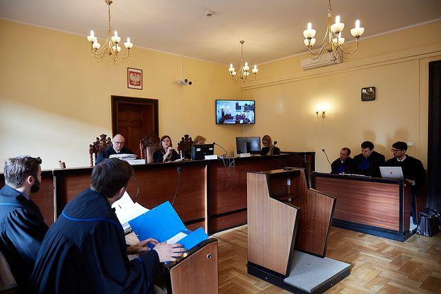 Śmierć studentki na otrzęsinach w Bydgoszczy. Uczelnia musi zapłacić 420 tys. zł