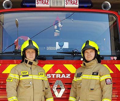 Strażacy OSP z Aleksandrowa Kujawskiego nie mogą wyjeżdżać do akcji swoim wozem. Po dwóch latach urzędnicy dopatrzyli się, ze brakuje certyfikatu..