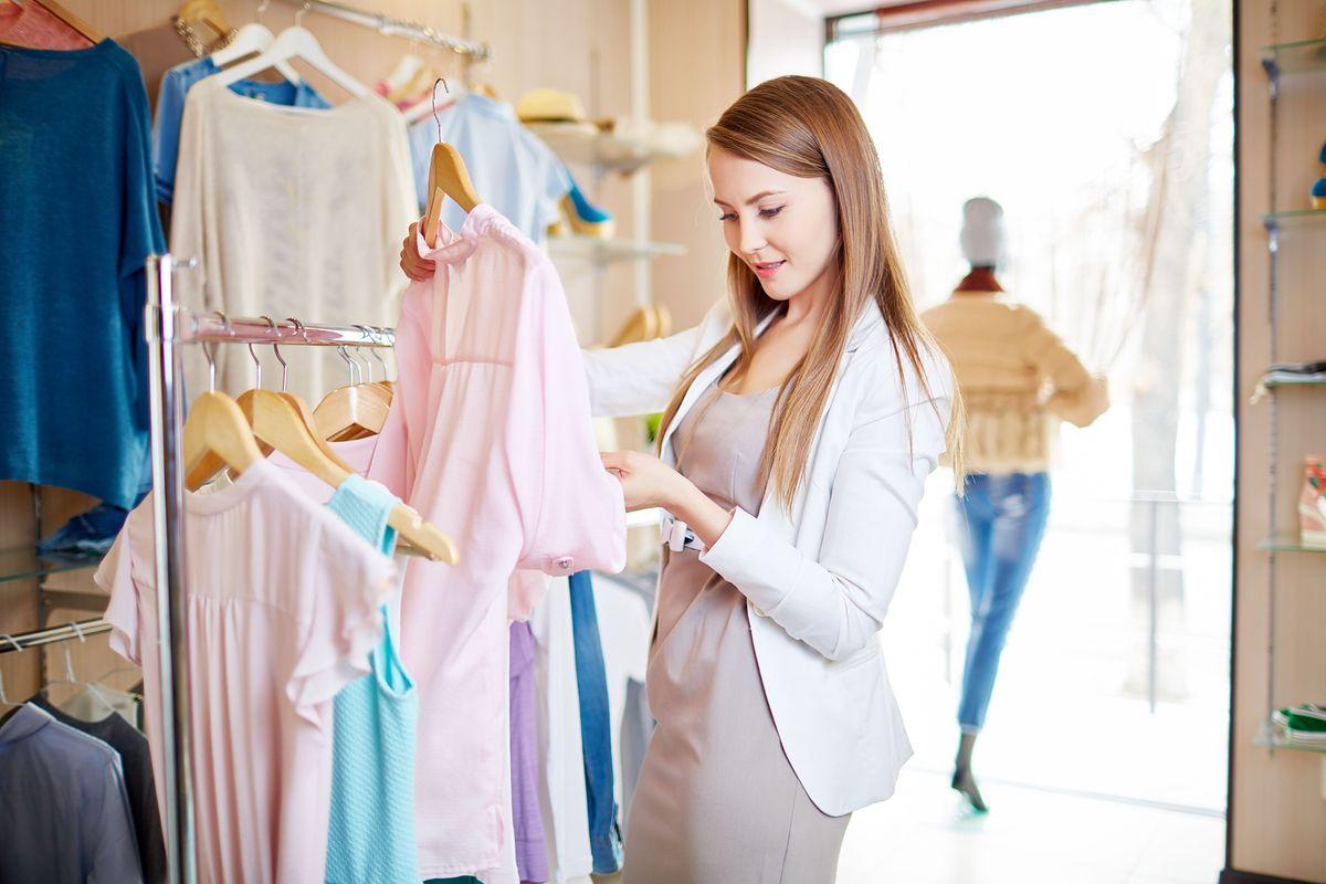 Sieci handlowe wiedzą, jak przyciągnąć naszą uwagę na zakupach. I uszczuplić nasze portfele
