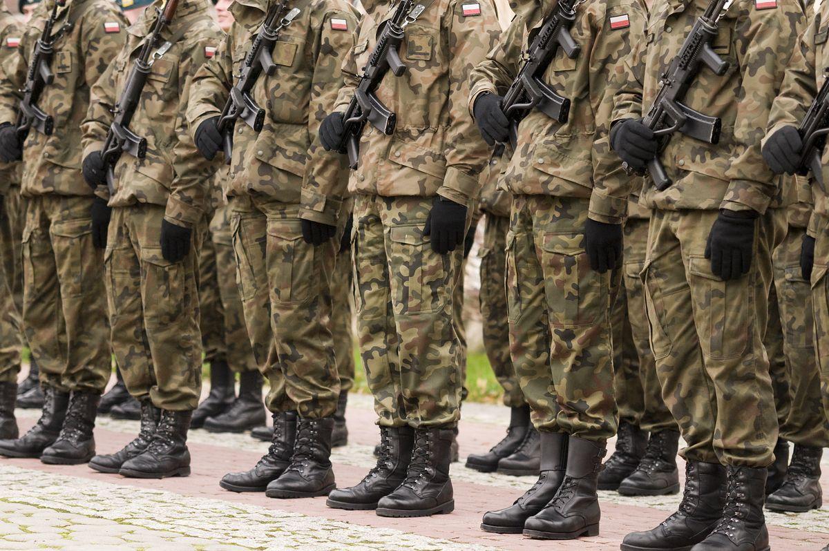 MON przerzuca wojska na Wschód. Żołnierze zmierzają pod granicę