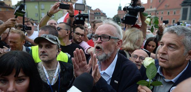 Polacy coraz pozytywniej o miesięcznicach. Zaskakujące wyniki sondażu