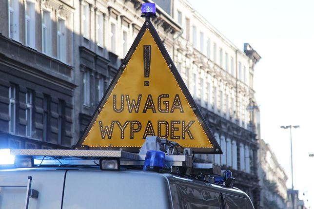 Warszawa. Na S2 doszło do zderzenia pięciu samochodów