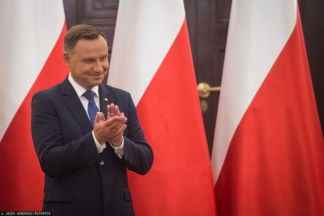 Andrzej Duda wciąż na prowadzeniu w wyścigu o fotel prezydencki