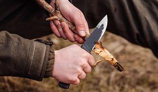 nóż survival ognisko