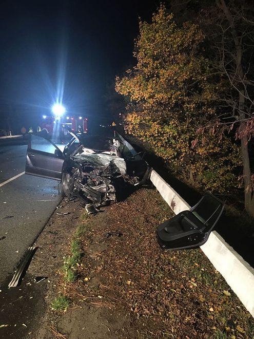 Na miejscu zginął kierowca auta osobowego