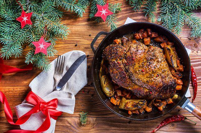 Dzięki prostym potrawom na Boże Narodzenie smacznie i tanio można przyjąć świątecznych gości