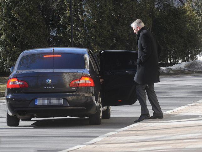 SOP. Zderzenie limuzyny z tirem. W bmw Jarosław Gowin