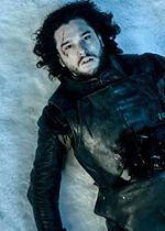 ''Gra o tron'': Emilia Clarke, serialowa Daenerys Targaryen, wierzy w powrót Jona Snowa
