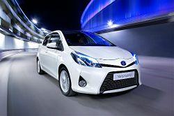 Toyota chce sprzedawać więcej hybryd