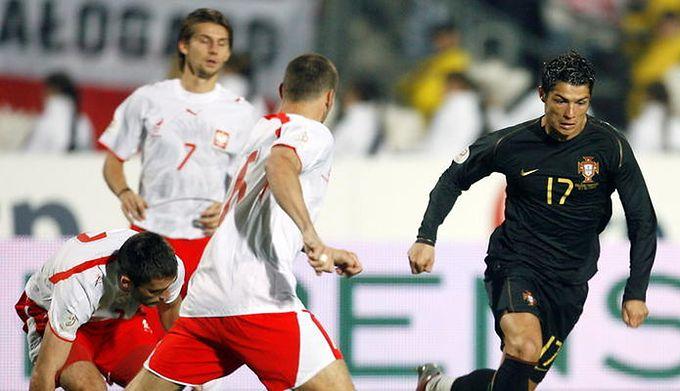 ed1f5fd32 Polska - Portugalia. To był piłkarski matrix, Ronaldo nie wiedział, co się  dzieje