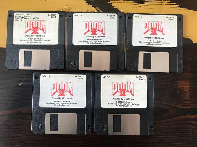 """Twórca """"Dooma II"""" sprzedaje oryginał. Na dyskietkach!"""