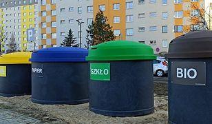 Piekary Śląskie. Nowe pojemniki na śmieci, mają rozwiązać m.in. problem smrodu