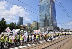 """Warszawa. Manifestacja górników i energetyków. """"Walczycie z tymi, którzy pomogli wam dojść do władzy"""""""