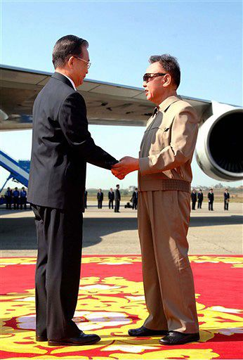 Dwa atomowe państwa Azji zacieśniają stosunki