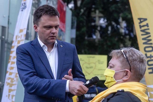 Wybory 2020. Szymon Hołownia największym poszkodowanym zmiany kalendarza wyborczego.