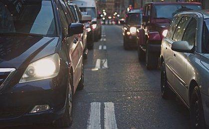 Akcyza od samochodów po nowemu. Więcej zapłacimy za 12-letnie auta, ale za luksusowe limuzyny mniej