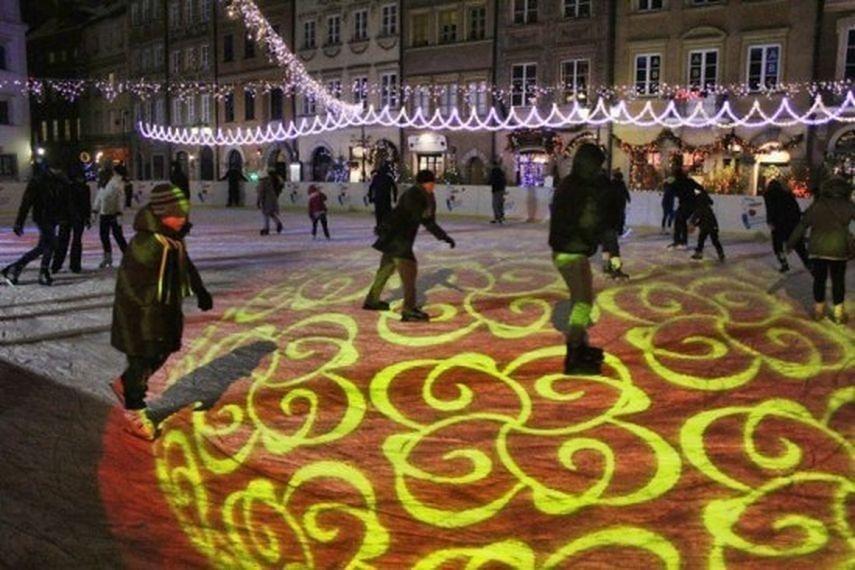 Początek zimowych atrakcji w stolicy! Zobacz, gdzie pojeździsz na łyżwach