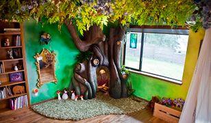 Baśniowy pokój dla dziewczynki. Tata zbudował dla córki magiczne drzewo