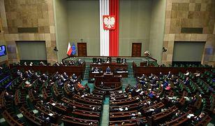 Sejm. O godzinie 14.30 wznowiono posiedzenie Izby