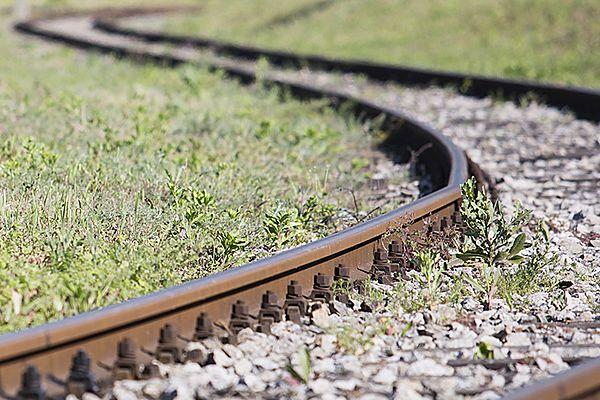 Po wykolejeniu cystern zablokowana linia kolejowa na Mazurach