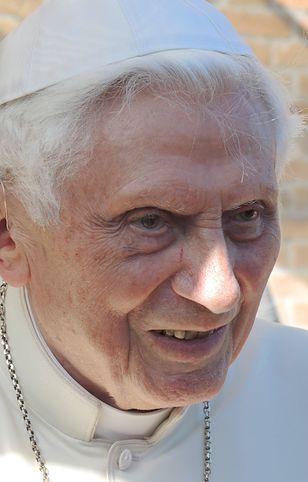 Benedykt XVI w bardzo złym stanie
