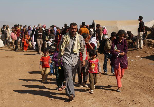 Jazydzi, którzy uciekli przed atakami Państwa Islamskiego
