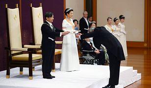 Nowy cesarz Japonii odgrywa rolę symbolu kraju