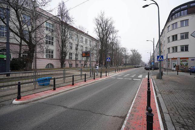 Warszawa. Bezpieczniejsi piesi na Rakowieckiej, fot. ZDM