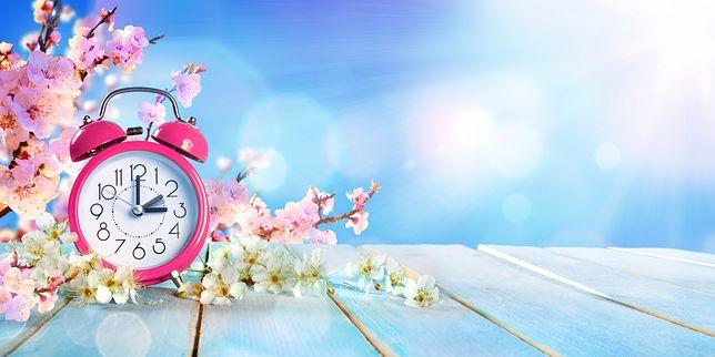 Zmiana czasu 2019. Sprawdź, kiedy przestawimy zegarki z czasu zimowego na letni.