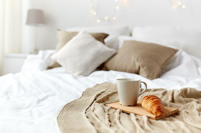 5 sposobów na przytulną sypialnię. Nie musisz wydawać fortuny