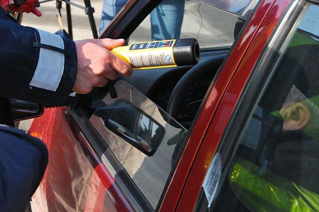 Kierowcy i alkohol: raport policji za rok 2016