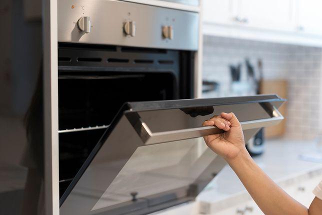 Wybór piekarnika do kuchni powinien być podyktowany nie tylko ceną, ale również wydajnością, za którą odpowiada m.in. klasa energetyczna